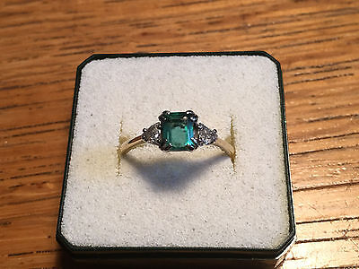 18ct yellow gold emerald and diamond ring - size S