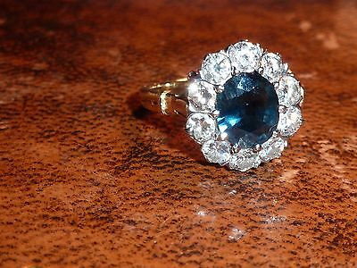 VINTAGE 2 cts DIAMOND & 3ct SAPPHIRE CLUSTER RING, VALUATION £ 6250.00  6.31g