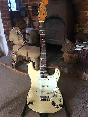 Levinson Blade Texas Standard TE-2, Vintage White +case, excellent condition