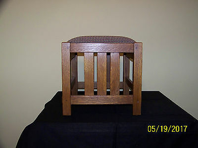 Stickley L&J.G. Hand Crafted Oak Wood Custom Cloth Foot Stool Small Bench