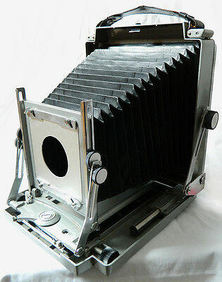 TOYO FIELD CAMERA 4 ½ x 6 ¾ and 5X4 LARGE FORMAT LIGHTWEIGHT