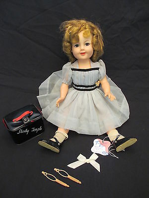Vintage Original Ideal SHIRLEY TEMPLE Doll with Accessories ST-19-1