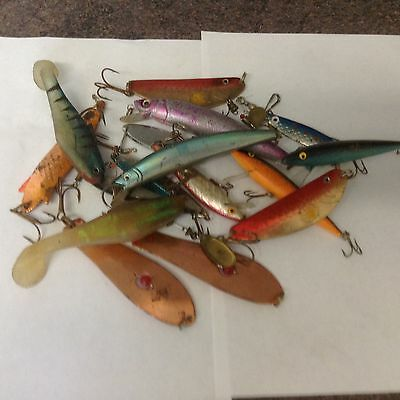box of 20 old  fishing lures / plugs / spinners
