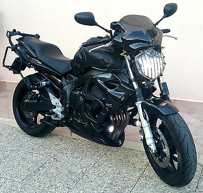 Yamaha fz6 super accessoriata e tagliandata eur for Auto super accessoriata
