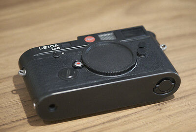 Leica M6 Classic 0.72 35mm Rangefinder Film Camera