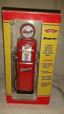 Snap-On LIMITED EDITION Die Cast Gas Pump Bank W Box 1950s Replica