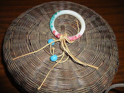 WICKER SEWING BASKET 1900s VICTORIAN GLASS BEADS & RING SMALL BASKET NICE CHILDS