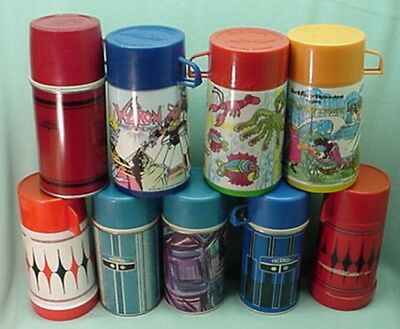 Vintage Lot of 9 Thermos bottles   4 metal 5 plastic for lunch box