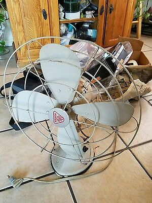 Mid Century Vintage Hunter Oscilating fan model CG 16 1/2 3