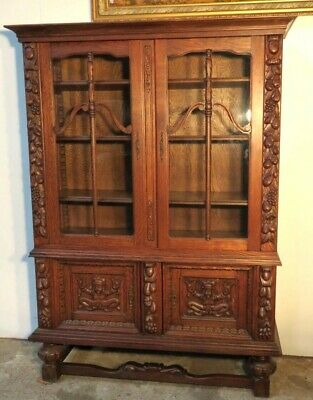 Awesome Hand Carved Quarter Sawn Oak China Cabinet / Bookcase