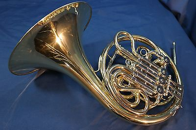 Yamaha YHR 662 Double French Horn with Case and Mouthpiece