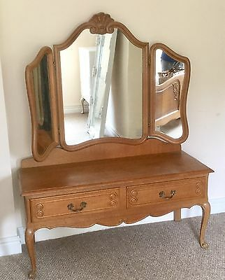 Beautiful Oak French Louis XV Style Vintage Dressing Table