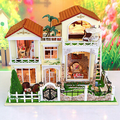 DIY Wooden Dollshouse Miniature Kit w/Lights&Music - Sweet Home