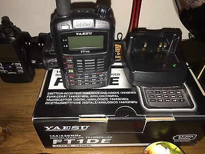 Yaesu FT-1DE. Boxed Bundled with Desk Charger And Case