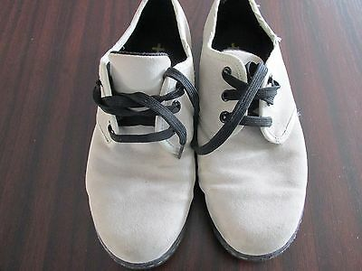 Ladies/Girls Dr.Martens Suede Shoes size 6