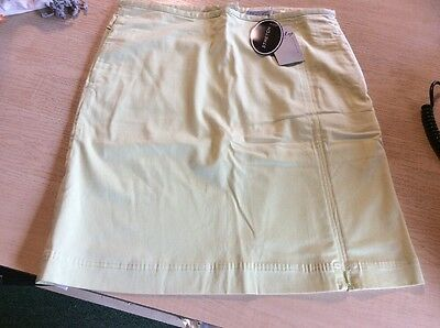 Daily Sports Ladies Skort Size 10 Pale Green