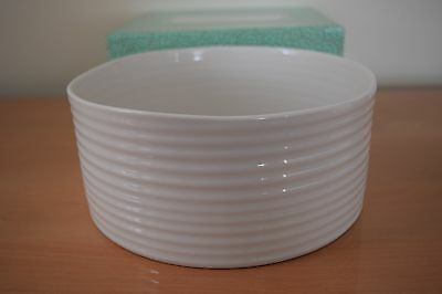 Brand New in Box Sophie Conran For Portmeirion White Souffle Dish/Salad Bowl