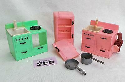 #269 Vintage plastic kitchen sink with water pump + other pieces