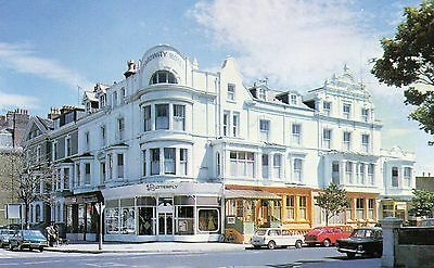 Postcard Llandudno The Broadway Hotell photograph un posted