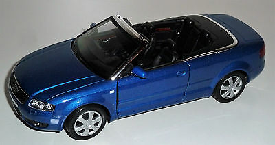 Audi A4 Cabrio 1:24 - Welly - LGB - G - Die cast Metal