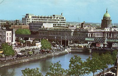 postcard Ireland River Liffey showing the custom house & Bus Aras posted Hinde