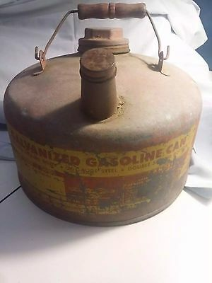 Vintage Eagle Gas Can Model 501 1 Gallon Man Cave Item