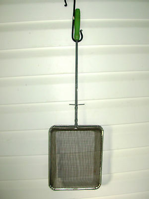 Vintage Campfire/fireplace 'popcorn Popper' With Green Wooden Handle
