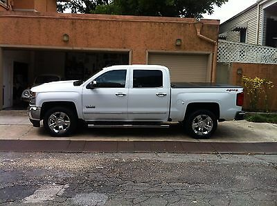 2017 Chevrolet Silverado 1500 LTZ 2017 Chevrolet Silverado 1500 LTZ 6.2L 4WD Crew Cab - Loaded and Pampered