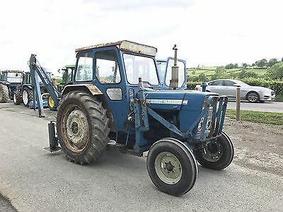 Ford 4000 Tractor 2wd With Rear Digger