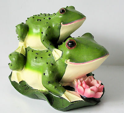 FROG figurine  PIGGY BACK Frogs RESIN NEW IN BOX