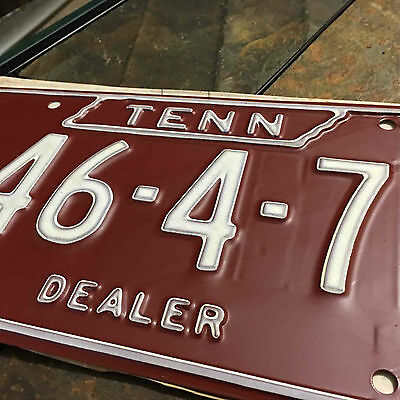 Vintage Year 1973 Uncirculated Dealer Tennessee License Plate #46-4-7