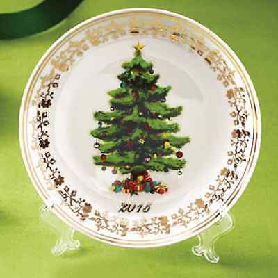 Avon  2015  Collectible  Christmas  Tree Plate  With 18K Gold Accent