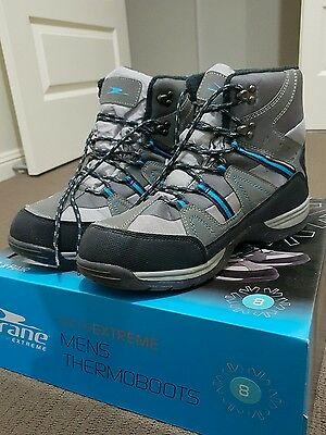Ski Boots / snow shoes mens Size 8