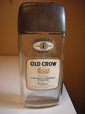 VINTAGE OLD CROW WHISKEY BOTTLE TRAVELER FIFTH DECANTER EARLY 1970's NICE!!!