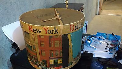 RARE Vintage New York DOBBS FIFTH AVENUE Hat Box, Extraordinary Bright Imagery!