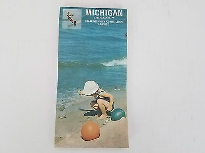 Vintage 1970 Michigan Highway Road Map Fold Out Travel Souvenir Collectible