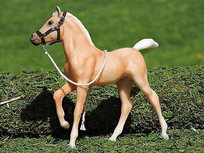Brown Leather Foal Halter Breyer Classic sized with Lead Rope