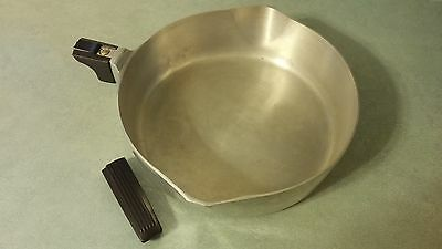 Wagner Ware Magnalite 4569 Heavy Duty Aluminum 10.5 Inch Skillet NO HANDLE