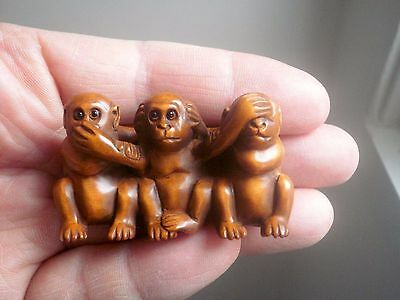 Hand Carved wood netsuke 3 wise monkeys, vintage / antique style treen figure