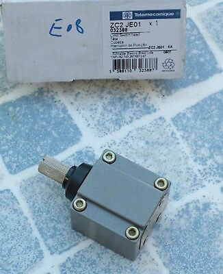 Telemecanique ZC2JE01 032388 Limit switch head