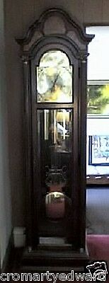 Grandfather Clock, Commemorative, Excellent Condition: Pick-Up Only
