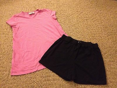 Women's 2-piece maternity lot shorts shirt size Small summer outfit