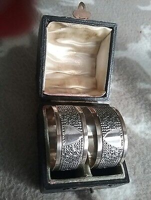 Antique Cased Pair of Silver Napkin Rings Henry Griffiths 1902 Chester