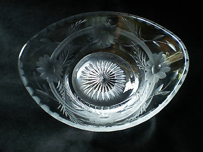 Heisey - Etched and cut Oval Nut Dish -  Patented  # 4/24/17