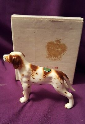 VINTAGE  POINTER DOG FIGURINE BONE CHINA with LABEL
