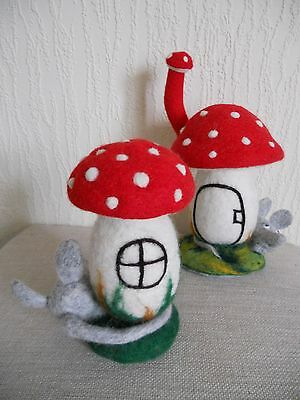 OOAK Funny mushrooms  Mouse house/felting 100% Wool/interior toy/gift