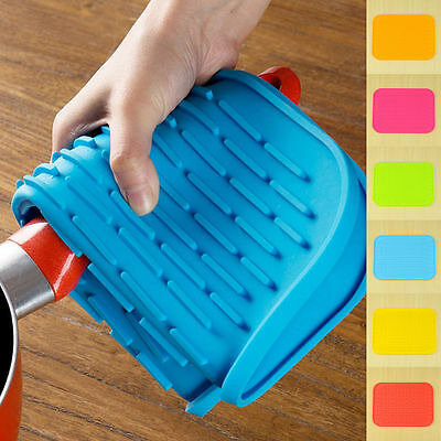 Durable Non Slip Heat Resistant Silicone Pad Mat Coaster Kitchen Pot Holder 1Pc