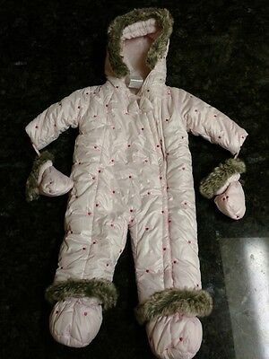 Infant girls snowsuit NWOT one piece zip up 6/9months **FREE SHIPPING**