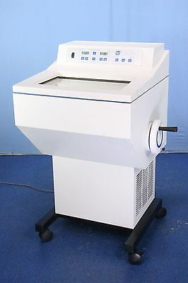 TBS 2563 Microtome Plus Cryostat Cryotome Tested to -32 Degrees Celsius Warranty