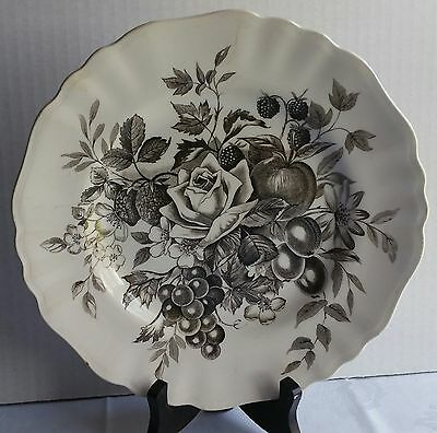 "J & G MEAKIN  English Staffordshire Black GAINSBOROUGH 10""  Plate"